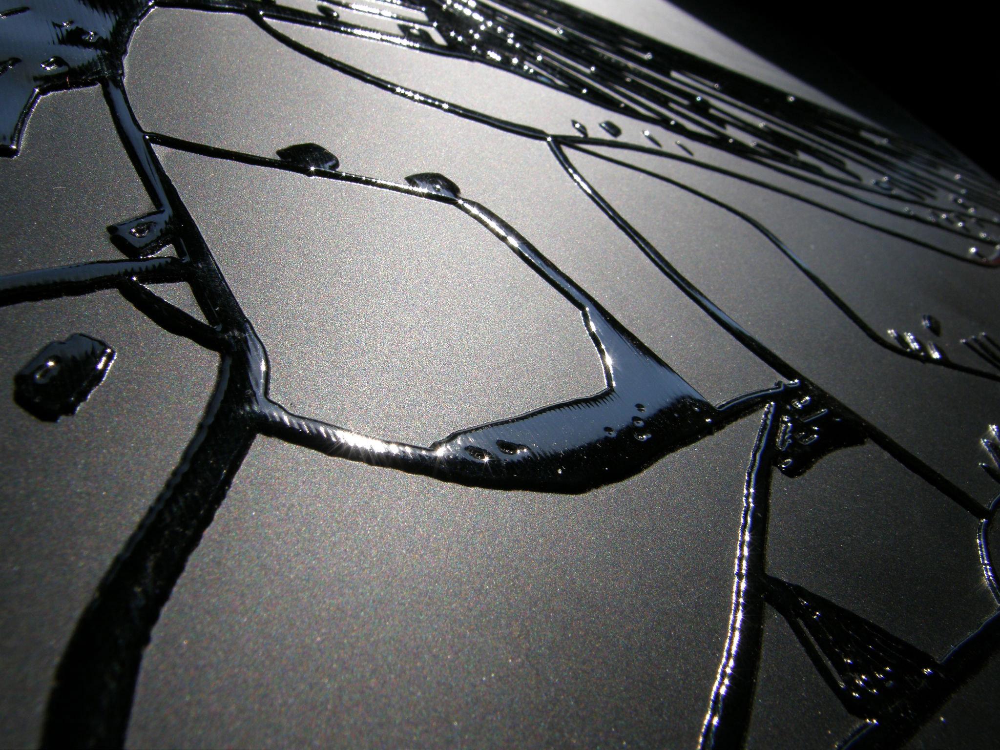 Relief-noir-sur-papier-noir1