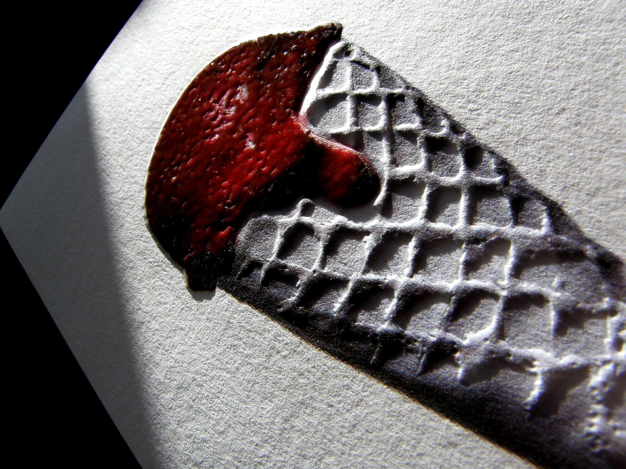 Cornet-de-glace-gaufrouge-relief